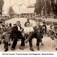 <strong>Klasfoto's Herzele - Meester Marcel De Backer</strong><br>1958 ©Herzele in Beeld<br><br><a href='https://www.herzeleinbeeld.be/Foto/105/Klasfotos-Herzele---Meester-Marcel-De-Backer'><u>Meer info over de foto</u></a>