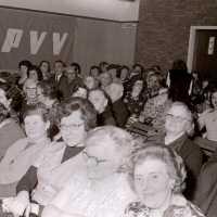<strong>PVV Algemeen  -  1976</strong><br> ©Herzele in Beeld<br><br><a href='https://www.herzeleinbeeld.be/Foto/1422/PVV-Algemeen-----1976'><u>Meer info over de foto</u></a>