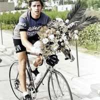 <strong>Eddy Temmerman wint te Borsbeke</strong><br>1977 ©Herzele in Beeld<br><br><a href='https://www.herzeleinbeeld.be/Foto/1775/Eddy-Temmerman-wint-te-Borsbeke'><u>Meer info over de foto</u></a>