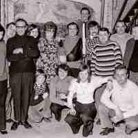 <strong>Boogschutters (deel 2)   -  1974 t.e.m. 1977</strong><br>01-01-1974 ©Herzele in Beeld<br><br><a href='https://www.herzeleinbeeld.be/Foto/1846/Boogschutters-(deel-2)------1974-t.e.m.-1977'><u>Meer info over de foto</u></a>
