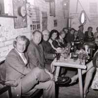 """<strong>Oogstfeesten """"Hof ter Goten""""  -  1977</strong><br> ©Herzele in Beeld<br><br><a href='https://www.herzeleinbeeld.be/Foto/1891/Oogstfeesten-Hof-ter-Goten-----1977'><u>Meer info over de foto</u></a>"""