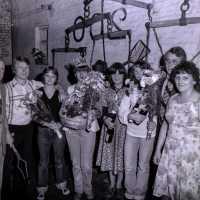 <strong>Verkiezing Oogstprinces Hof Ter Goten</strong><br>1977 ©Herzele in Beeld<br><br><a href='https://www.herzeleinbeeld.be/Foto/1892/Verkiezing-Oogstprinces-Hof-Ter-Goten'><u>Meer info over de foto</u></a>