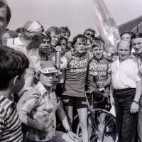 <strong>Patrick Van Den Bossche - Woubrechtegem  -  1979</strong><br>1979 ©Herzele in Beeld<br><br><a href='https://www.herzeleinbeeld.be/Foto/1908/Patrick-Van-Den-Bossche---Woubrechtegem-----1979'><u>Meer info over de foto</u></a>