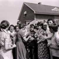 <strong>Patrick Van Den Bossche - Woubrechtegem  -  1979</strong><br>1979 ©Herzele in Beeld<br><br><a href='https://www.herzeleinbeeld.be/Foto/1909/Patrick-Van-Den-Bossche---Woubrechtegem-----1979'><u>Meer info over de foto</u></a>