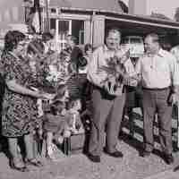 <strong>Gemeenteschool Hillegem - Sinterklaasfeest + busuitstap  -  1976</strong><br> ©Herzele in Beeld<br><br><a href='https://www.herzeleinbeeld.be/Foto/2038/Gemeenteschool-Hillegem---Sinterklaasfeest-+-busuitstap-----1976'><u>Meer info over de foto</u></a>