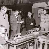 <strong>Kunstschilder Georges Muys - Tentoonstellingen  1973 & 1975</strong><br>01-01-1975 ©Herzele in Beeld<br><br><a href='https://www.herzeleinbeeld.be/Foto/2063/Kunstschilder-Georges-Muys---Tentoonstellingen--1973-&-1975'><u>Meer info over de foto</u></a>