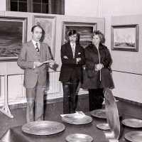 <strong>Kunstschilder Georges Muys - Tentoonstellingen  1973 & 1975</strong><br>01-01-1975 ©Herzele in Beeld<br><br><a href='https://www.herzeleinbeeld.be/Foto/2065/Kunstschilder-Georges-Muys---Tentoonstellingen--1973-&-1975'><u>Meer info over de foto</u></a>