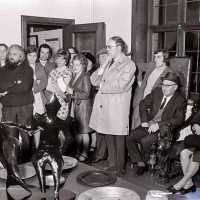 <strong>Kunstschilder Georges Muys - Tentoonstellingen  1973 & 1975</strong><br>01-01-1975 ©Herzele in Beeld<br><br><a href='https://www.herzeleinbeeld.be/Foto/2067/Kunstschilder-Georges-Muys---Tentoonstellingen--1973-&-1975'><u>Meer info over de foto</u></a>