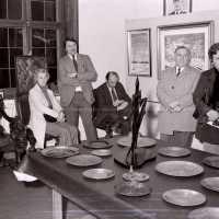 <strong>Kunstschilder Georges Muys - Tentoonstellingen  1973 & 1975</strong><br>01-01-1975 ©Herzele in Beeld<br><br><a href='https://www.herzeleinbeeld.be/Foto/2068/Kunstschilder-Georges-Muys---Tentoonstellingen--1973-&-1975'><u>Meer info over de foto</u></a>