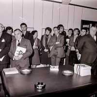 <strong>Kunstschilder Masereel stelt tentoon in Gemeentehuis  -  1975</strong><br> ©Herzele in Beeld<br><br><a href='https://www.herzeleinbeeld.be/Foto/2126/Kunstschilder-Masereel-stelt-tentoon-in-Gemeentehuis-----1975'><u>Meer info over de foto</u></a>