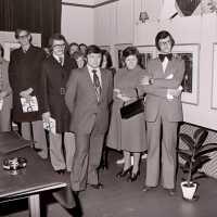 <strong>Kunstschilder Masereel stelt tentoon in Gemeentehuis  -  1975</strong><br> ©Herzele in Beeld<br><br><a href='https://www.herzeleinbeeld.be/Foto/2128/Kunstschilder-Masereel-stelt-tentoon-in-Gemeentehuis-----1975'><u>Meer info over de foto</u></a>