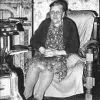 <strong>Alida De Smet</strong><br>1982 ©VTB Fotoclub<br><br><a href='https://www.herzeleinbeeld.be/Foto/225/Alida-De-Smet'><u>Meer info over de foto</u></a>