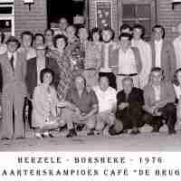 <strong>Kaarters  -  1973 t.e.m. 1977</strong><br> ©Herzele in Beeld<br><br><a href='https://www.herzeleinbeeld.be/Foto/2291/Kaarters-----1973-t.e.m.-1977'><u>Meer info over de foto</u></a>