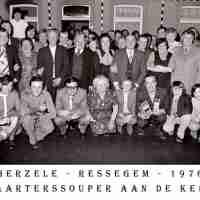 <strong>Kaarters  -  1973 t.e.m. 1977</strong><br> ©Herzele in Beeld<br><br><a href='https://www.herzeleinbeeld.be/Foto/2292/Kaarters-----1973-t.e.m.-1977'><u>Meer info over de foto</u></a>