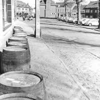 <strong>Straatverkoop - 1000 jaar Herzele</strong><br>25-03-1972 ©Herzele in Beeld<br><br><a href='https://www.herzeleinbeeld.be/Foto/274/Straatverkoop---1000-jaar-Herzele'><u>Meer info over de foto</u></a>