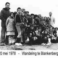 <strong>Wandeling naar Blankenberge</strong><br>20-05-1978 ©Herzele in Beeld<br><br><a href='https://www.herzeleinbeeld.be/Foto/768/Wandeling-naar-Blankenberge'><u>Meer info over de foto</u></a>