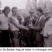 <strong>Veldlopen Borsbeke  -  1974</strong><br>01-01-1974 ©Herzele in Beeld<br><br><a href='https://www.herzeleinbeeld.be/Foto/894/Veldlopen-Borsbeke-----1974'><u>Meer info over de foto</u></a>